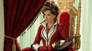 2x09-queen-of-hearts-promo-photos-once-upon-a-time-32949186-1280-1920