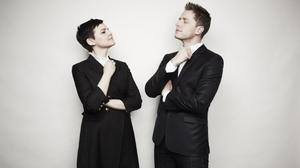 josh-dallas-and-ginnifer-goodwin-photoshoot-outtakes-2012-josh-dallas-31782536-594-400_0